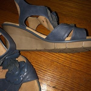 Naturalizer blue sandals-9W
